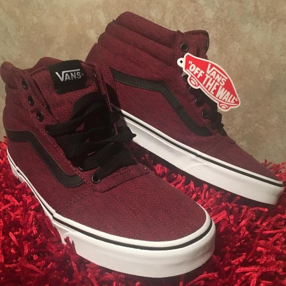 ef34ddaea078 🥀Men s Vans Ward Hi Sneaker 👟😍